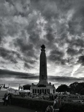 Moody Sky Taking Photos Monument Plymouth Hoe Plymouth