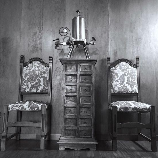 Vintage Vintage Monotone Monochrome Blackandwhite Bw No People Architecture Bedroom