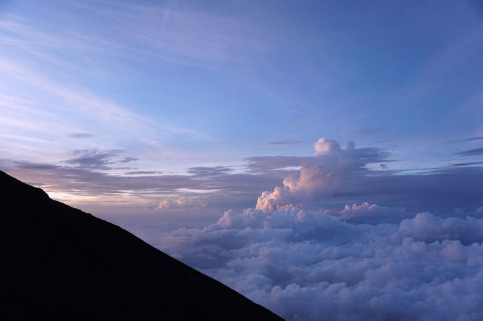 2017 Japan Mt.Fuji Sea Of ​​clouds Tranquility Beauty In Nature Climbing Cloud - Sky Day Fuji Low Angle View Mountain Nature Outdoors Scenics Sky Sunset Tranquility 富士山 富士登山 雲海