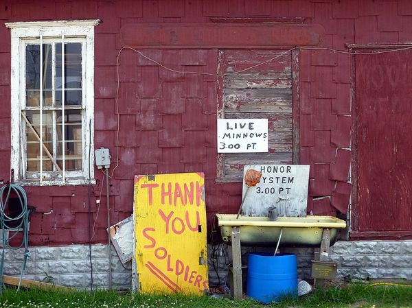 MINNOWS Americana Scenes NORTH CAROLINA BUILDING North Carolina Roadside Attractions Signs Architecture Brick Wall Building Exterior Built Structure For Sale Items Red Wall Text Window View
