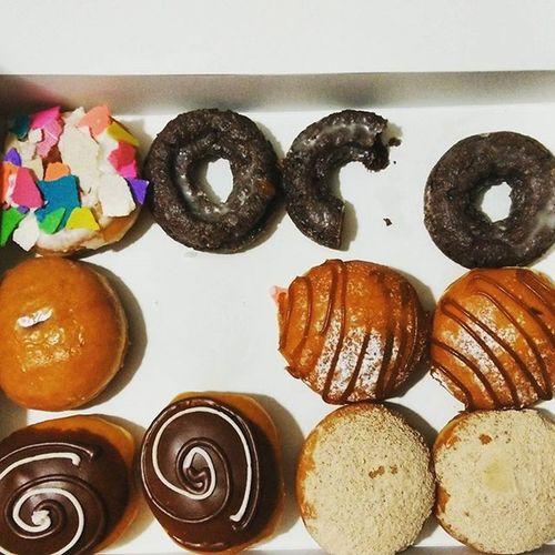 Now we're talking...I'm in love 😍🍩😍🍩😍🍩😍 @krispykrememexico Donuts Dessert Chocolate Picoftheday KrispyKreme