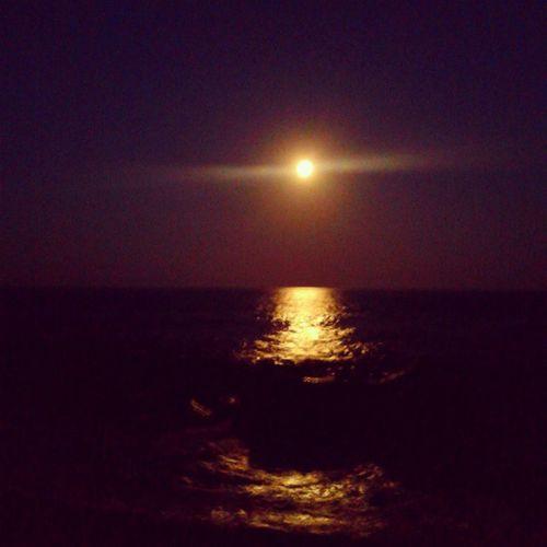 алупка зеленыймыс луна Moonrise последний вечер