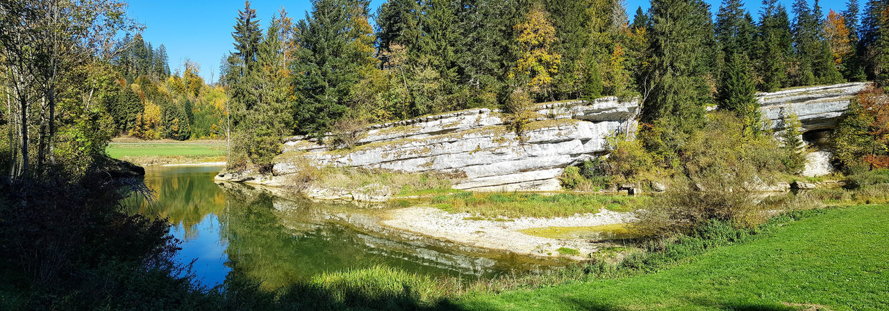 Paysage Landscape Nature Beauty In Nature Riviere Doubs Tree Sky Ciel Roche Panorama Scenics - Nature Tranquility Rock Water