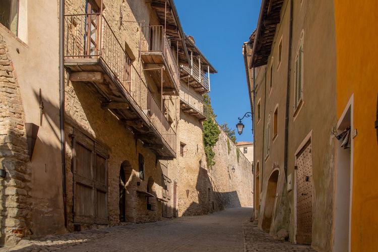 Narrow alley in