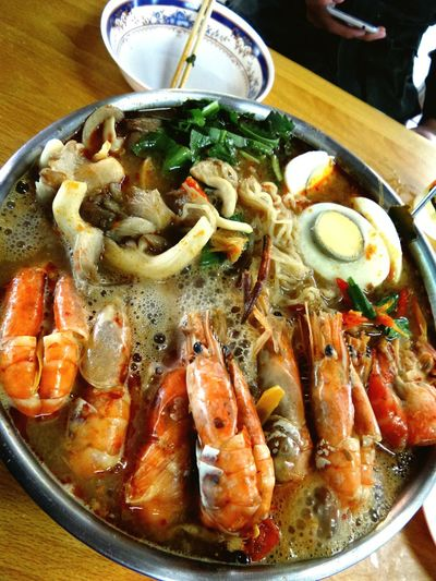 Tom Yum Seafood Noodles ( Shrimps )...