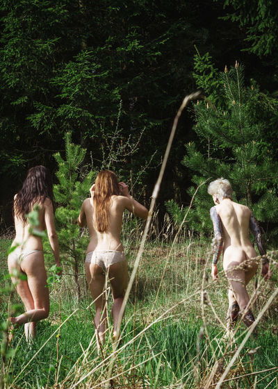 Born Free Linas Was Here Nature Woman Youth Beauty Dreamers Female Fields Forest Girls Summer Tattoo Woods The Great Outdoors - 2018 EyeEm Awards
