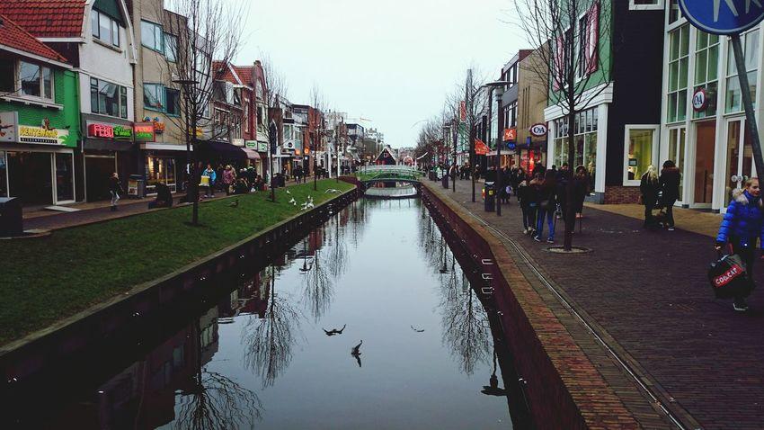 Paseos por zaandam Zaandam Holland Holanda Canal Streetphotography