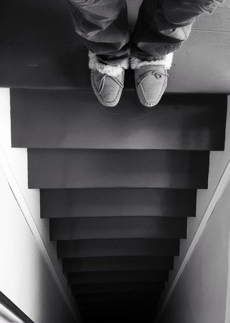 Going down? Steps And Staircases Steep Slope Around The House Dont Fall Abyss Inside Photography B & W Photography Lines And Shadows On The Brink Steps Stairs Feet Edge Home Slippers Learn & Shoot: Leading Lines Downstairs IPSPerspective Perspective