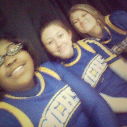 MCHS Cheerleaders ♥