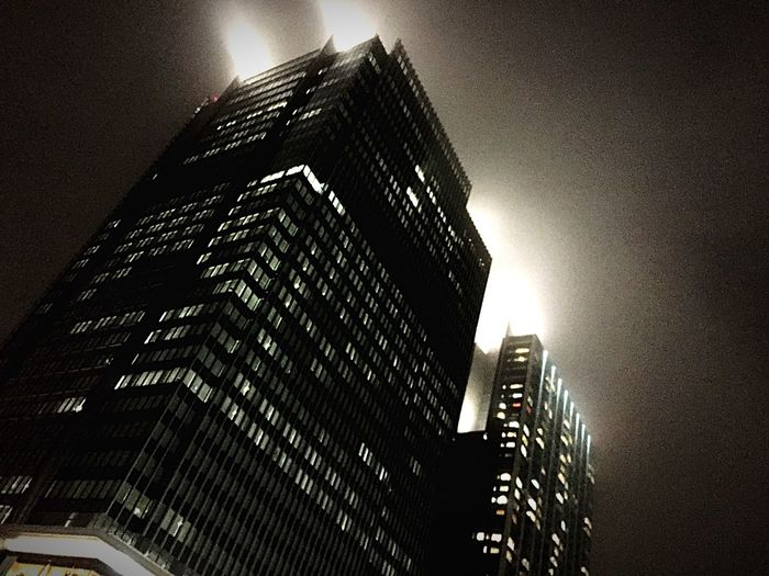 like a BLADE RUNNER Foggy Night Architecture Building Smoky Looks Smoky Cities
