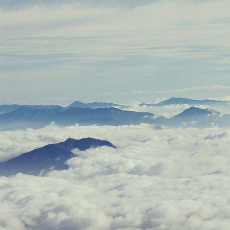 雲海 #雲海 #山 #自然 #空 #mountain #sky #clouds #nature #naturelovers Clouds Nature Sky Mountain 空 Naturelovers 自然 雲海 山