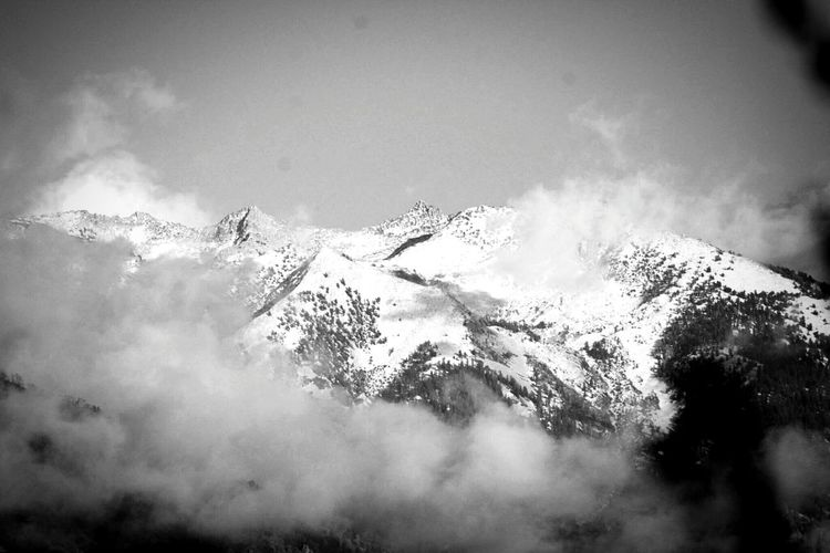 Country Drive Non-urban Scene Tranquil Scene Coldweather Winter Landscape Beauty In Nature Winter_collection Chilled Day  Mountain Peak Blackandwhitephotography Black And White Portrait Black & White High Elevation