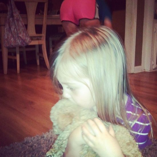 Photo 84 that Haylee has taken! Lol but its so cute. Sweet Haydn loves our little fur baby! Hayleeclairebear @patyarb @chrisyarb