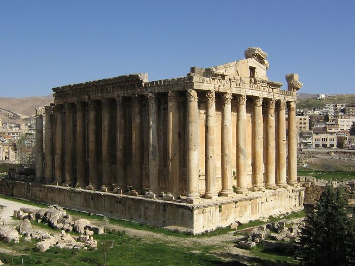 jupiter temple Old Columns Baalbek lebanon