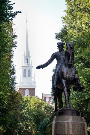 "Paul Revere's ""midnight ride"" in front of the Old North Church in Boston, Massachusetts Statue Human Representation Sculpture Art And Craft Art Tree Creativity Architecture Religion Low Angle View Built Structure Spirituality Building Exterior Place Of Worship Church Day Outdoors Green Color Pedestal No People Sethtrudeau Photography Paul Revere History Freedom"