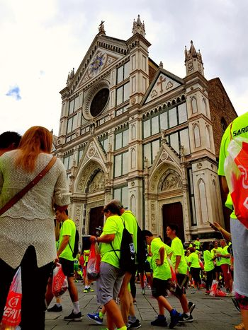 Architecture Streetphotography The Street Photographer - 2017 EyeEm Awards Io Sono Leggenda Capture The Moment Personal Perspective Deejayten 2017 Firenze, Italy Running Running Time Happiness Lifestyles Real People Togetherness Feel The Journey
