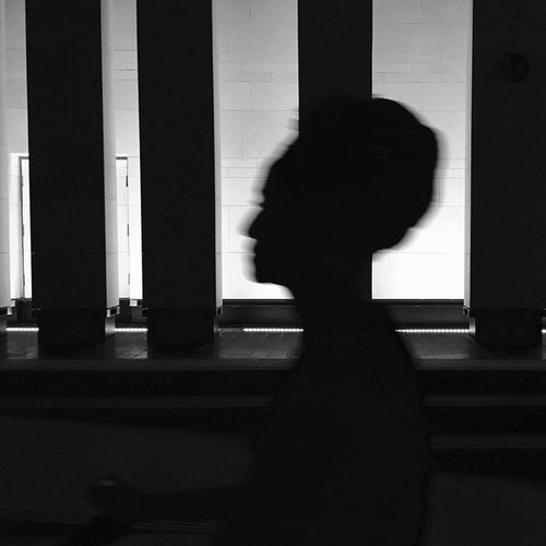 Streetshot Streetphotography_bw Streetphotography Streets_oftheworld Iphonephotography ShotOniPhone6 EverydayStreet StreetScenes StreetLife_Award Streets_oftheworld Streetphotographyintheworld Mydubai Hipasnap Lady Moment Eyeem Philippines Light Passing By Light And Shadow Monochrome ShotOniPhone6 Silhouette Dubai
