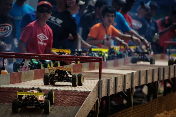 Remote Control Car Car Racing Pit Stop The Photojournalist - 2015 EyeEm Awards Need For Speed