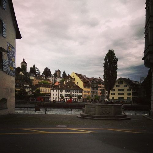 Jetlaging....... trying to fit in this whole new country....... Lucerne Switzerland Relax Jetlag