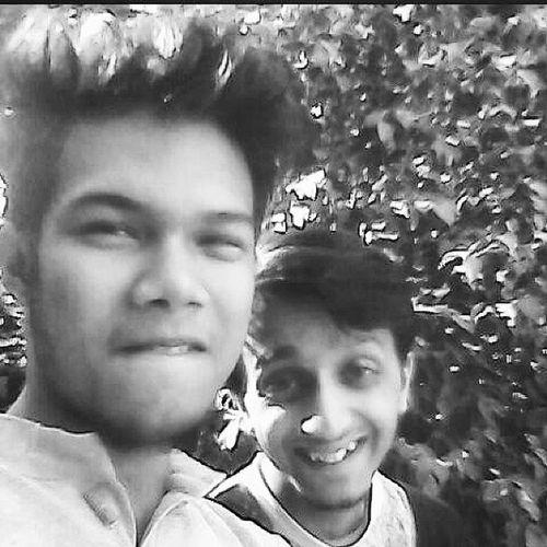 Rewind. January. Brothers. Ramjasites. College Bored Bhola Jobless enjoying snap photo blackandwhite ahaaaaaaaaaaaa lalalalalalalalala