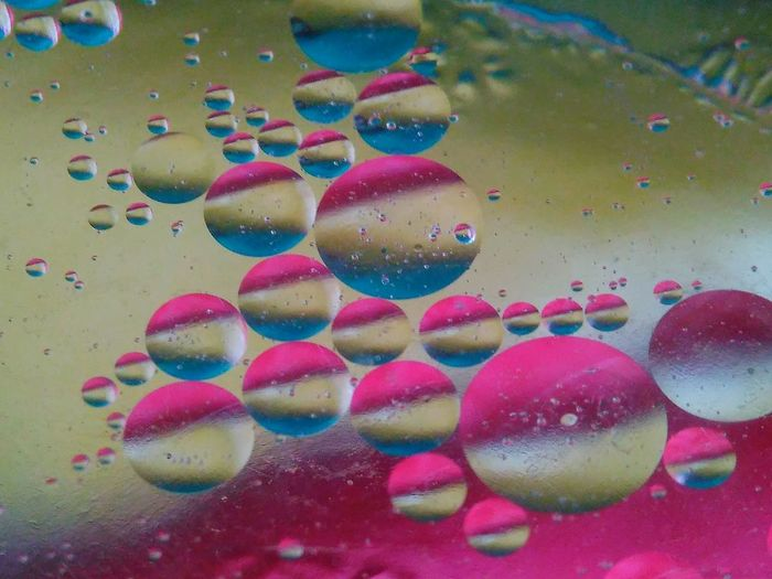 Bubble Multi Colored No People Water Close-up Day Indoors  Nature Bubbles... Oil Painting Photograph Mobile_photographer Mobile Photo Bubbles In Water ♡ Bubble Blower Bubbles Everywhere Bubblewrap Bubbles... Still Life Collection StillLifePhotographer