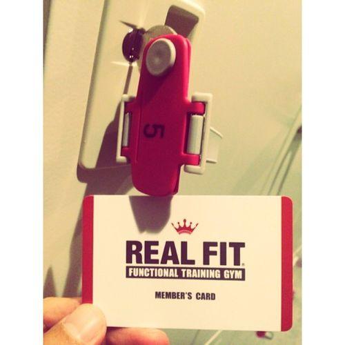 ⋆ ⋆ Training.Training.Training. 今日は下半身と肩甲骨周り? ⋆ ロッカーはラッキーナンバーの5◡̈⃝ ⋆ #Training#サーフィントレーニング#realfit
