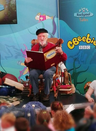 The Story Teller Bernard Cribbins Amazing Man Children's Stories Cbeebies Old Jacks Boat Salty Dog Kids Loved It Moments In Time