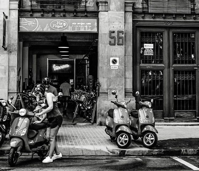 Scooter Scooterlife Tour-thecity.com Travel Destinations Travel Transportation Holidays Mode Of Transport Real People City Monochrome Photography Black & White Hanging Out Hello World