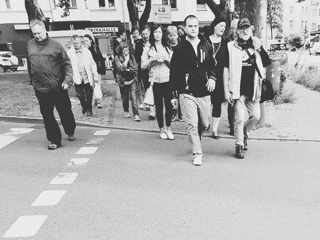 People People Of EyeEm People_bw Streetphoto_bw Street Photography City Street City Life Showcase June Street Life My City Black And White Photography Streetphoto People On The Street Peoples People Photography GalaxyS7Edge Walking People_collection People Walking