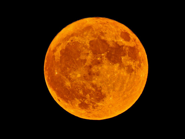 Astronomy Beauty In Nature Circle Eclipse Full Moon Geometric Shape Moon Moon Surface Natural Phenomenon Nature Night No People Orange Color Outdoors Planetary Moon Shape Single Object Sky Space Space Exploration Yellow