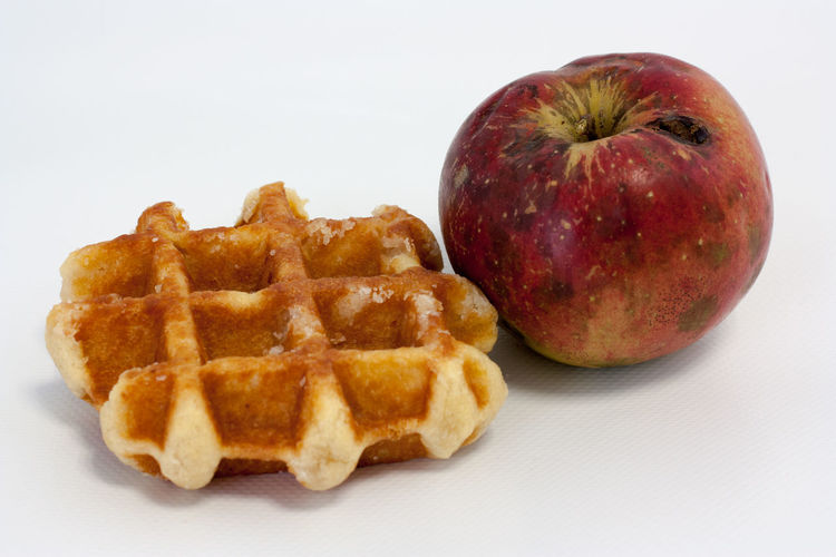 Snacktime Appetizer Apple Food Food And Drink French Food Freshness Healthy Eating Meal No People Ready-to-eat Snack Still Life Studio Shot Waffle Waffle And Apple White Background Food Stories The Still Life Photographer - 2018 EyeEm Awards