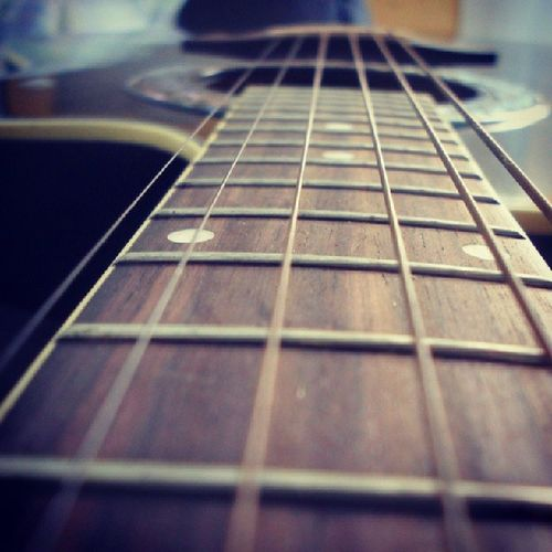 """""""Simples melodias são as que mais mexem com o nosso coração...... """" Violão Melhorsensação CoisadeDeus"""