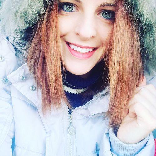 Bluegreengreyeyes Hello World That's Me Smile Like4like Followme Beautiful Regina delle nevi 😁