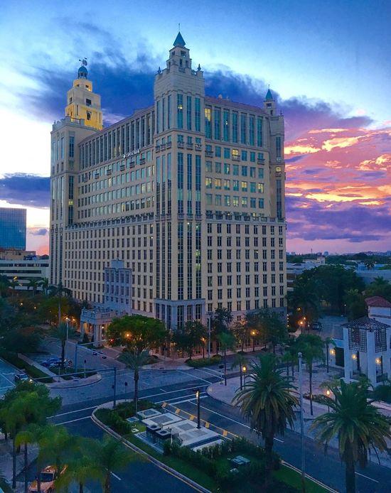 Architecture Coral Gables Florida Clouds Venevision Headquarters
