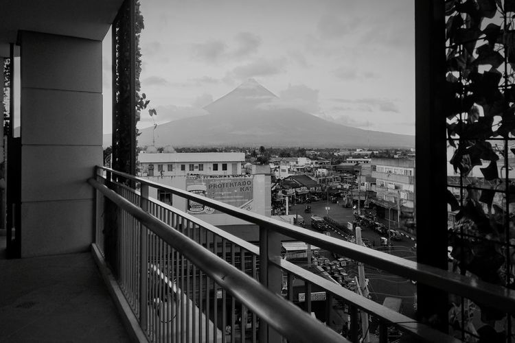 🗻🗻🗻😍😍😍 Mayon Volcano Philippines Beauty In Nature Black & White