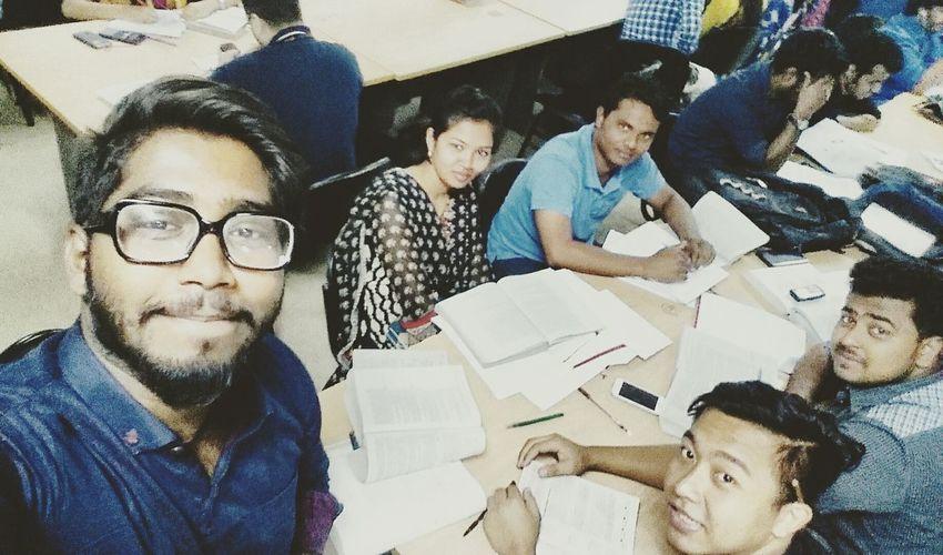 Groupstudy Friends. ExamIsKnocking😭