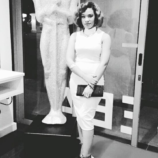 Beauty Beautiful Woman Indoors  Fashion Standing Portrait Real People Hair Model Marilyn Monroe Look Hairdressing Workshop Night At The Oscars Cape Town Bnw