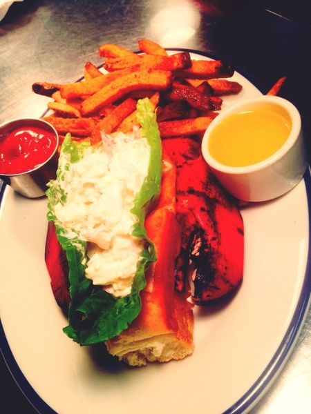 Food And Drink Ready-to-eat Lobster Roll