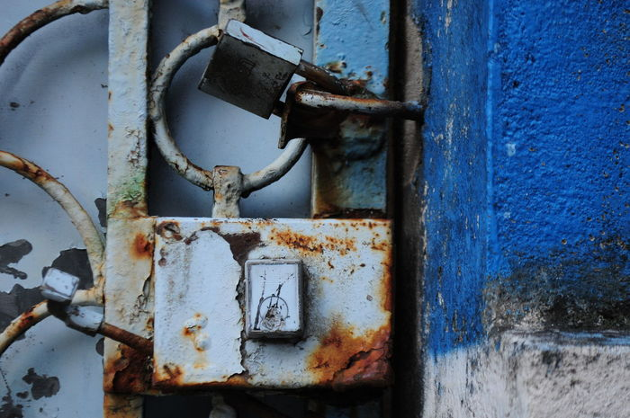 Azul Blue Close-up Colors Deterioration Encerrado Frontera Metal Obsolete Oxido  Paso Del Tiempo