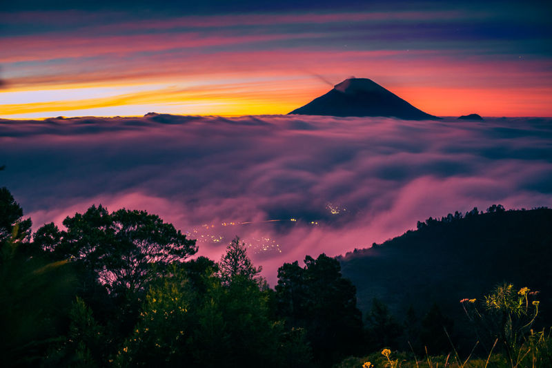 Some people said that this place has the best sunrise in southeast asia Landscape Sunrise Volcano Cloud - Sky Mountain Beauty In Nature Travel Destinations Urban Skyline Scenics Breathtaking View Visualoflife EyeEmNewHere The Week On EyeEm Tranquility Folkmagazine INDONESIA Sunrise And Clouds Moodygrams Folkindonesia Eyeemphotography Adventure Tropical Climate Photographing Beauty In Nature Relaxation