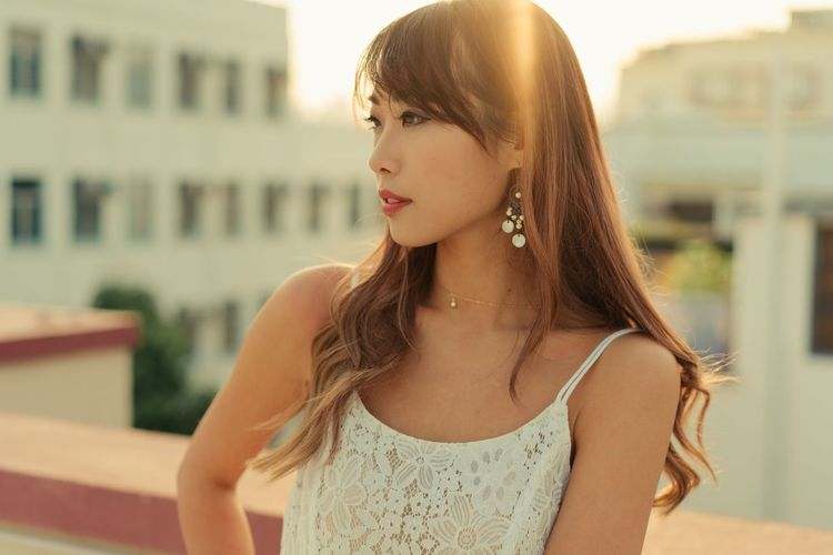 Fashion Beautiful Woman Beauty Glare Lifestyles Long Hair Real People Sunset Young Women