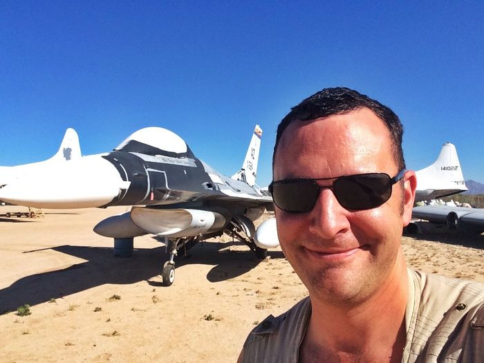 Its a hot day working in the desert! Taking Photos That's Me Photoshoot USAF