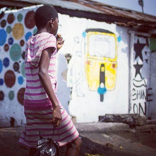 Incredible street art of Lagos! Streetphotography Starbeer Lagos Nigeria africa wallart streetart snapitoga