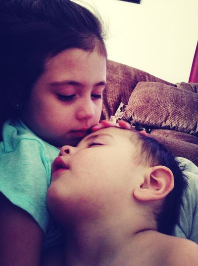 Aww!! The Love Of A Sibling <3