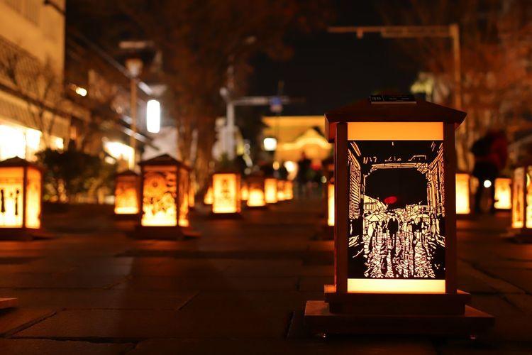 今年も善光寺のライトアップが始まったよーオイラは✂で軍資金ゲットだぜ🤣 善光寺 (zenko-ji Temple) 長野灯明まつり Illuminated City Lantern Close-up