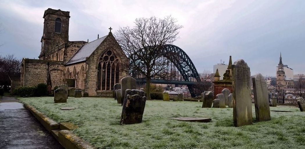 Church Taking Photos Streetphotography Bridge