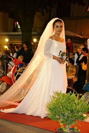 Sposa Esposa Wending Girl Sfilata Model