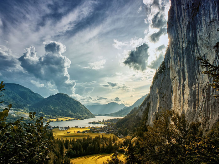 Home sweet home 🙂 Mountain Mountain Range Cloud - Sky Beauty In Nature Nature No People Sky Outdoors Day Lake View Landscape Lake Wood Sky And Clouds Skyporn Sky And Trees Skylovers Skycollection Mountain Hiking Mountain Landscape Mountain Lake Mountainscape Autumn Colours