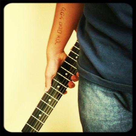 Followme Mexico Tattoo Guitarist