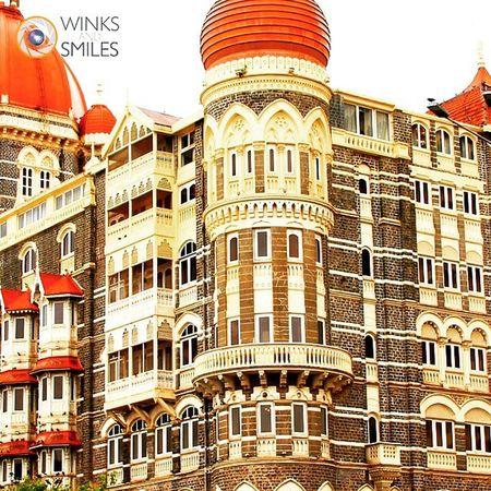Hotel Taj Mahal Palace, Colaba, Mumbai (Bombay) - Part 2 Hoteltajmahal Colaba Bombay Mumbai Appolobunder Gatewayofindia Camera Indianphotographer Monsoonseason Instahotels Fivestarhotels Worldheritage Photographers_of_india RainyDay Instapic @streets.of.india Randompic Mumbaikars Mumbaimerijaan @indiabestpic Streetphotography _soi Aamchimumbai Wassupindia